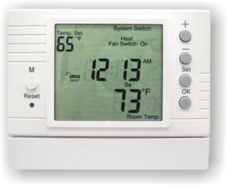 D-500: PROGRAMMABLE DIGITAL THERMOSTAT FOR HEATING/COOLING